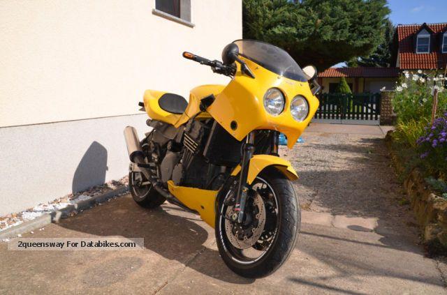 1994 Triumph  Daytona Motorcycle Sport Touring Motorcycles photo