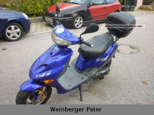 2005 Adly  AT 50 JT Motorcycle Scooter photo