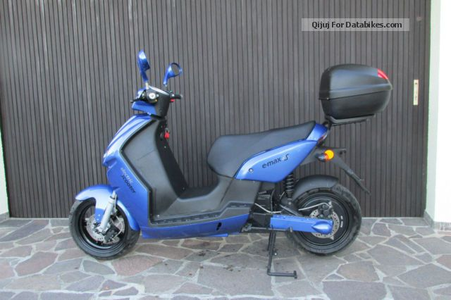 e-max  S 90 2009 Electric Motorcycles photo