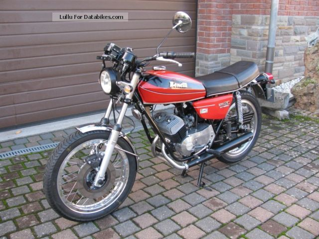 Benelli  125 2 C 1976 Vintage, Classic and Old Bikes photo