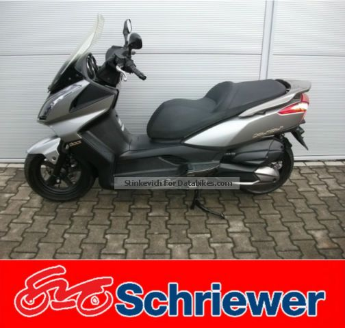 2011 Daelim  Downtown 300i ABS, 1 Attention, few kilometers Motorcycle Scooter photo