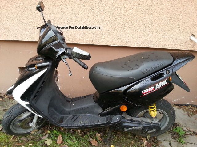 2001 Beta  Ark 50 with alarm system and new parts Motorcycle Motor-assisted Bicycle/Small Moped photo