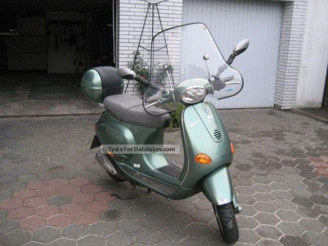Piaggio  ET 4 1997 Scooter photo