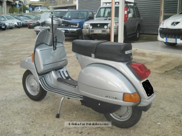 1982 piaggio vespa px 150. Black Bedroom Furniture Sets. Home Design Ideas