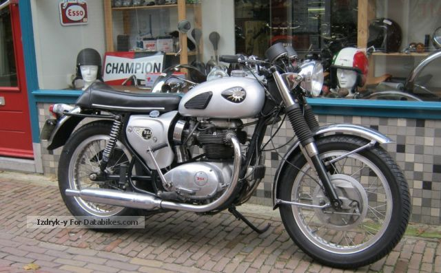 BSA  Spitfire 1966 Vintage, Classic and Old Bikes photo