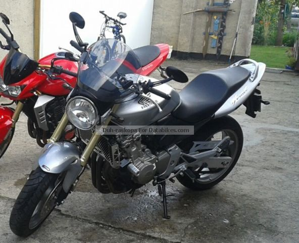 2006 Honda  Hornet PC 36 Motorcycle Naked Bike photo
