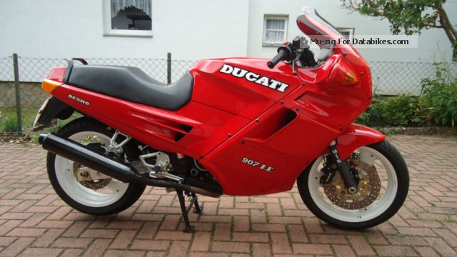 1992 Ducati  Paso 907 iE Motorcycle Sports/Super Sports Bike photo