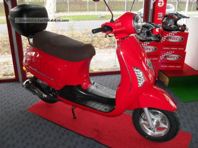 2013 Rivero  Toscana 50cc 4 stroke Motorcycle Scooter photo