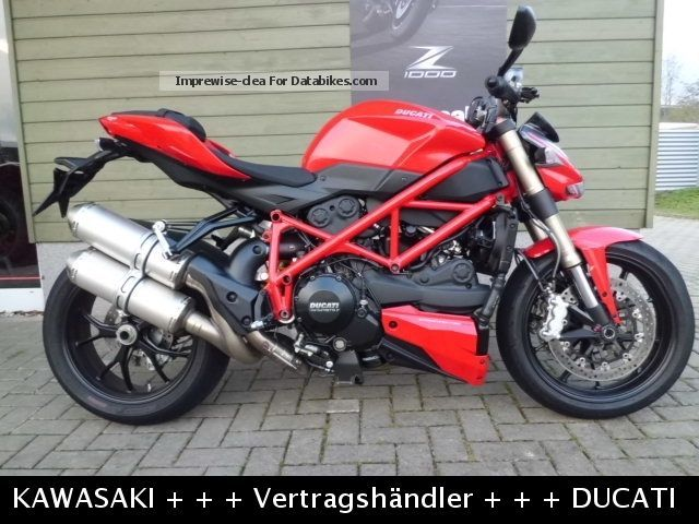 2013 Ducati  Streetfighter 848 Motorcycle Naked Bike photo