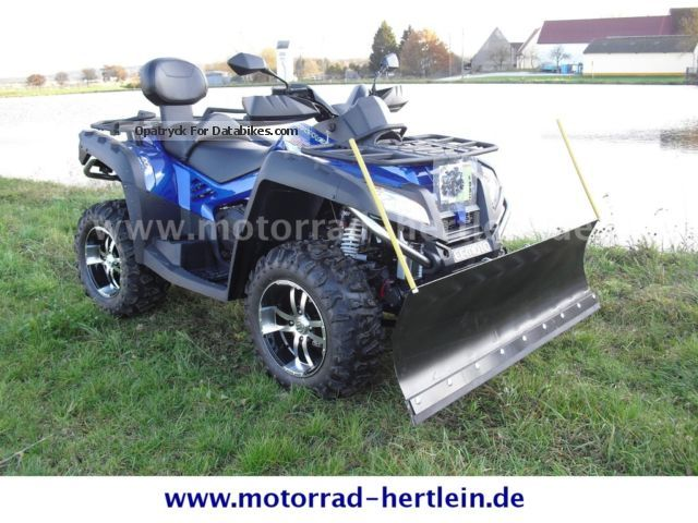 2013 CFMOTO  CF800 4X4 LOF with snow plow Motorcycle Quad photo