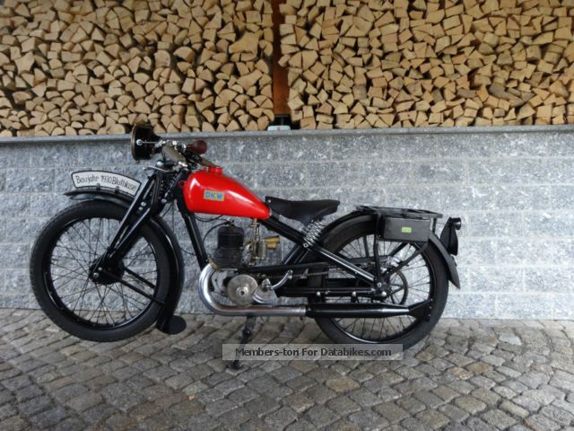 DKW  Luxury 200 blood blister 1929 Vintage, Classic and Old Bikes photo