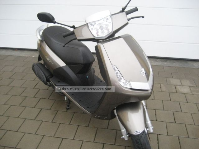 2013 Peugeot  New Vivacity 50 Motorcycle Scooter photo