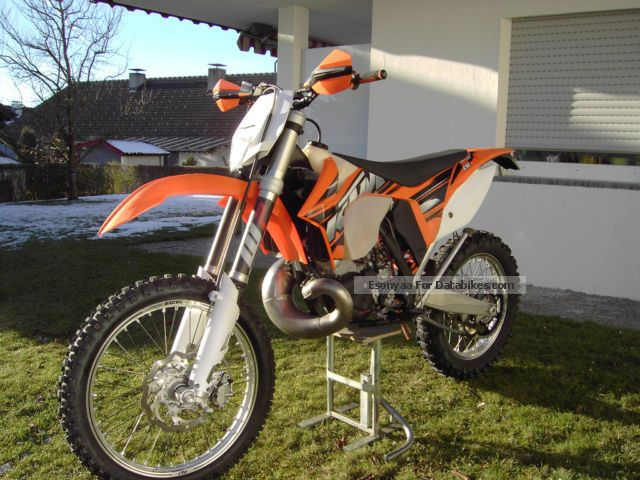2013 KTM  300 EXC Motorcycle Enduro/Touring Enduro photo