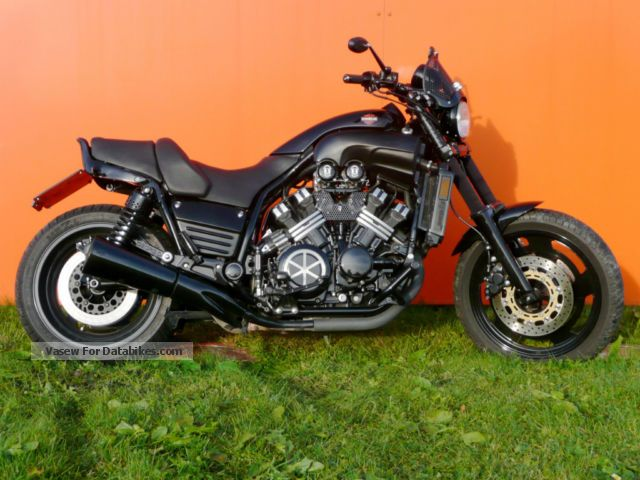 1997 vmax pictures to pin on pinterest pinsdaddy for Yamaha vmax cafe racer parts