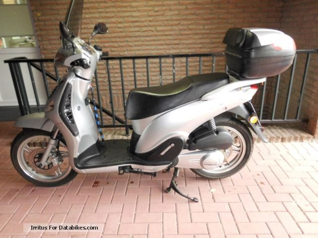 2008 CFMOTO  ROLLER 125, 16 inch wheel, E-CHARM, WATER COOLING Motorcycle Scooter photo