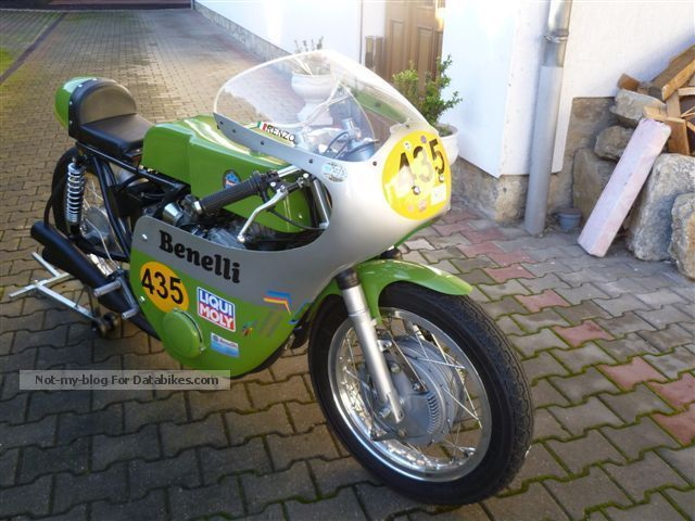 Benelli  500 Quattro 1976 Vintage, Classic and Old Bikes photo
