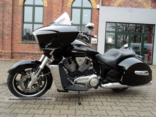 2013 VICTORY  Cross Country m. Jeckill & Hyde Exhaust Motorcycle Tourer photo