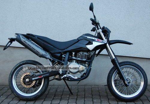 2010 Beta  M 4.0 Motorcycle Super Moto photo