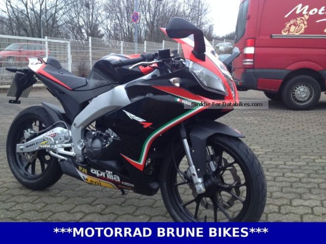 2013 Aprilia  RS4 125 Replica SBK 2013 / Quickshift Motorcycle Lightweight Motorcycle/Motorbike photo