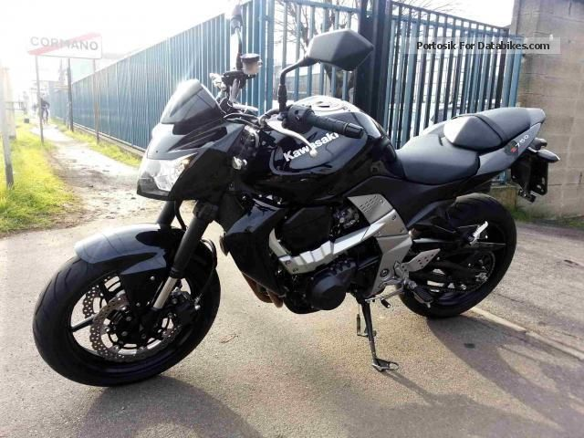 2013 Kawasaki  Z 750 Motorcycle Naked Bike photo