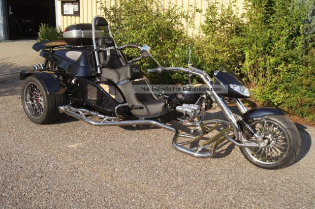 2012 Boom  Fighter X11 automatic, winter action, model 2014 Motorcycle Trike photo
