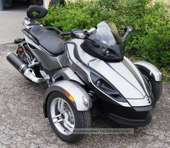 2013 Bombardier  Can Am Spyder RS SM5, sissy bar and backrest Motorcycle Trike photo