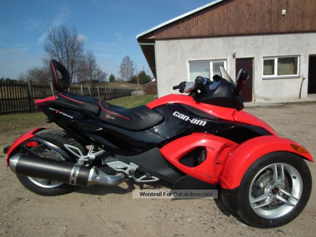 2009 Bombardier  spyder can-am Motorcycle Trike photo