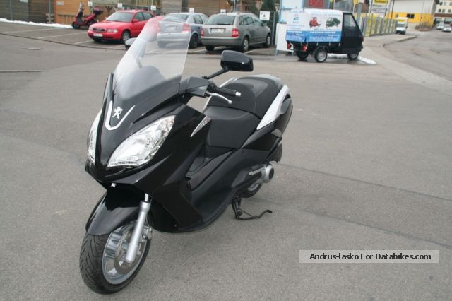 2013 Peugeot  Satelis 2125 Premium Motorcycle Scooter photo