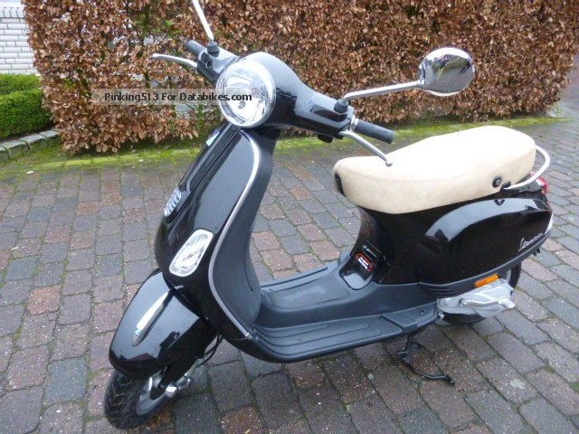 2013 vespa lx 50cc 2 stroke. Black Bedroom Furniture Sets. Home Design Ideas