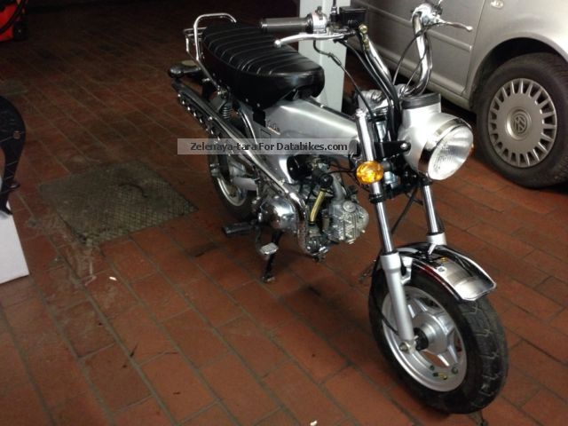 2013 Skyteam  Dax Motorcycle Motor-assisted Bicycle/Small Moped photo