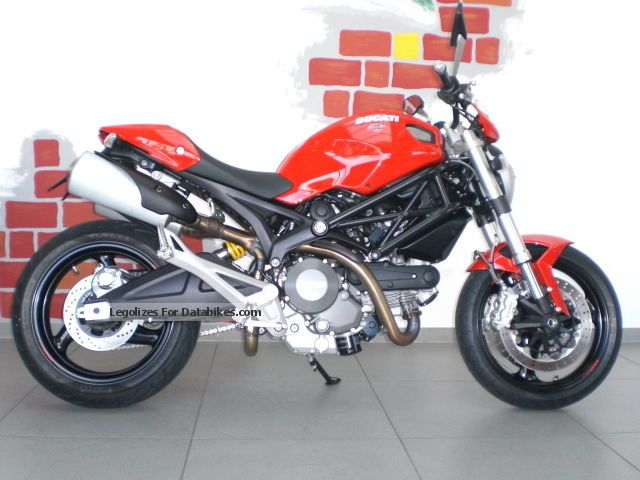 Ducati  Monster 696 ABS, deeper, more convenient, only 1600 km 2013 Motorcycle photo