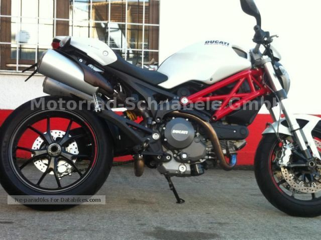 Ducati  796 Monster 1 hand accident 2010 Naked Bike photo