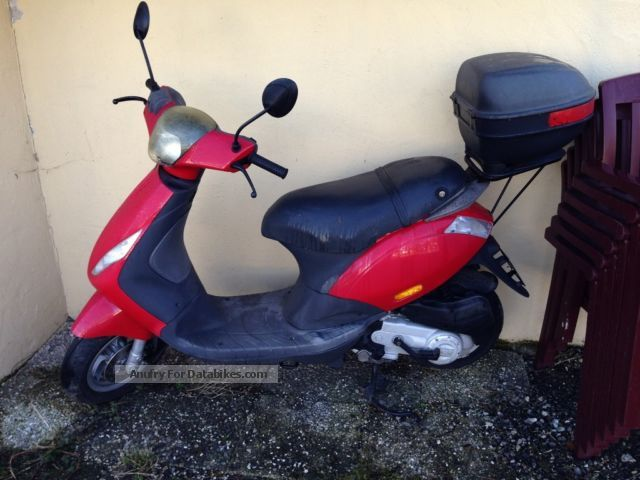 2006 Piaggio  C25 Motorcycle Scooter photo