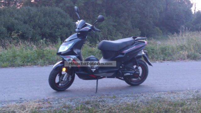 2013 Rivero  SP-2 Motorcycle Scooter photo
