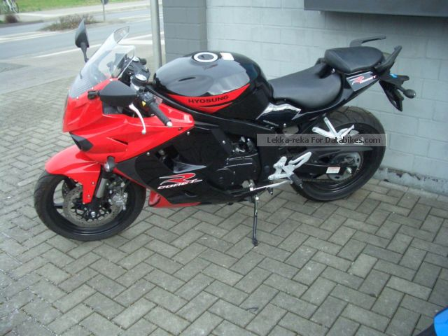 2012 Hyosung  GT 250 R Motorcycle Motorcycle photo