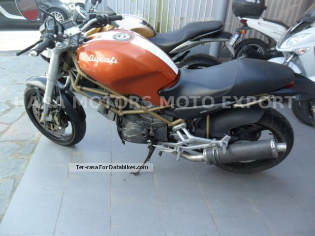 Ducati  moster 600 2000 Naked Bike photo