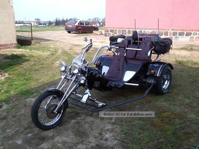 1997 boom trike family 2 3 seater. Black Bedroom Furniture Sets. Home Design Ideas