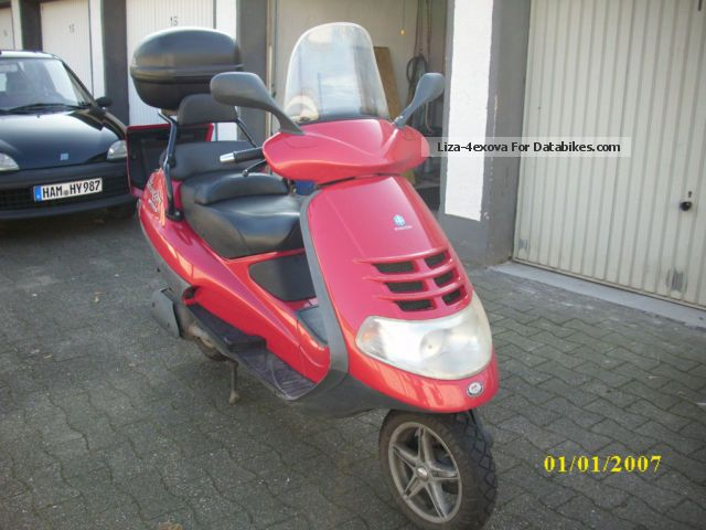 2001 Piaggio  Hexagon Motorcycle Scooter photo