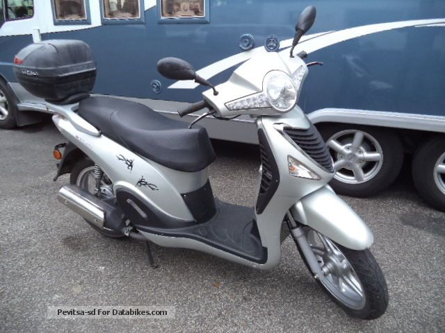 2011 CFMOTO  CF125T Motorcycle Scooter photo