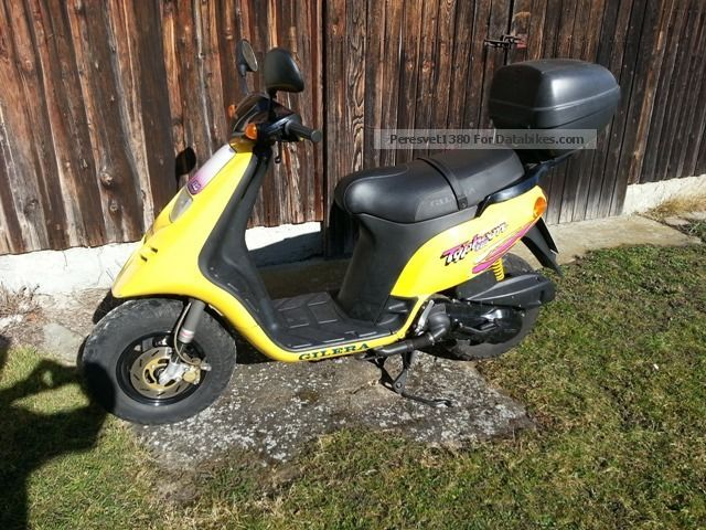 1996 Gilera  TPH Motorcycle Scooter photo