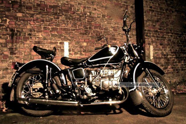 2011 Ural  750 Retro Solo Motorcycle Chopper/Cruiser photo