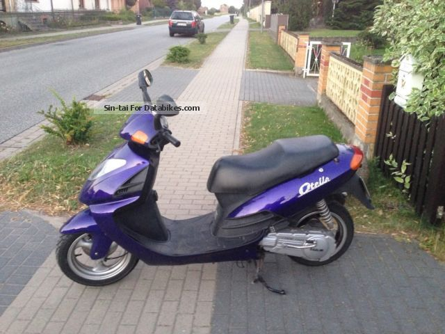 Daelim  125 2002 Scooter photo