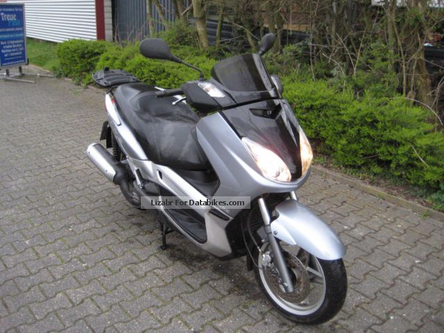 2006 MBK  Skycruiser Motorcycle Scooter photo