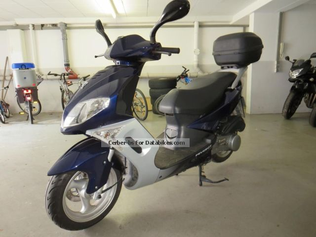 Peugeot  sum-up 2009 Scooter photo