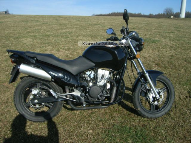 2010 WMI  125 Cross Street Motorcycle Lightweight Motorcycle/Motorbike photo