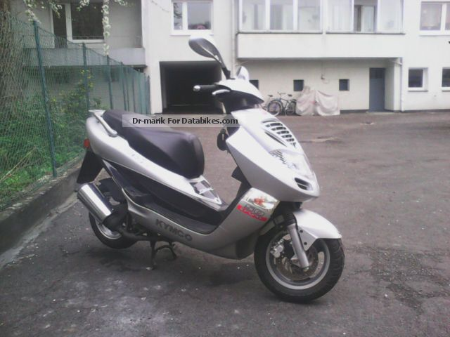 2003 Kymco  DING 50 Sports Motorcycle Scooter photo