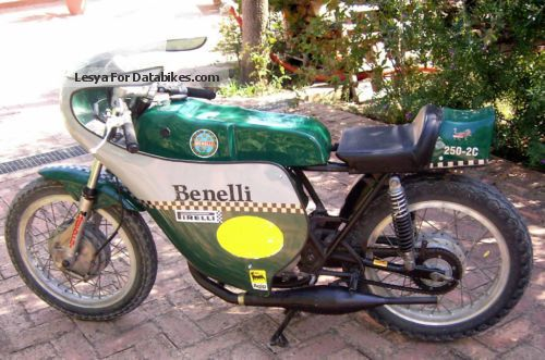 Benelli  250 2C 1973 Vintage, Classic and Old Bikes photo