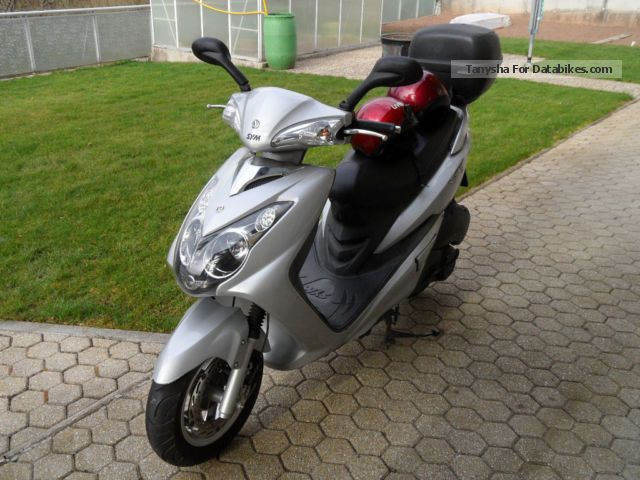 SYM  RS-21 2008 Scooter photo
