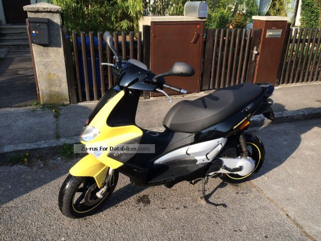2007 Aprilia  Runner 50 Sp Motorcycle Scooter photo