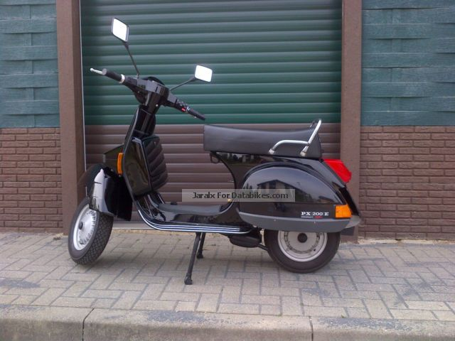 Vespa  PX 200 E GS 2012 Scooter photo